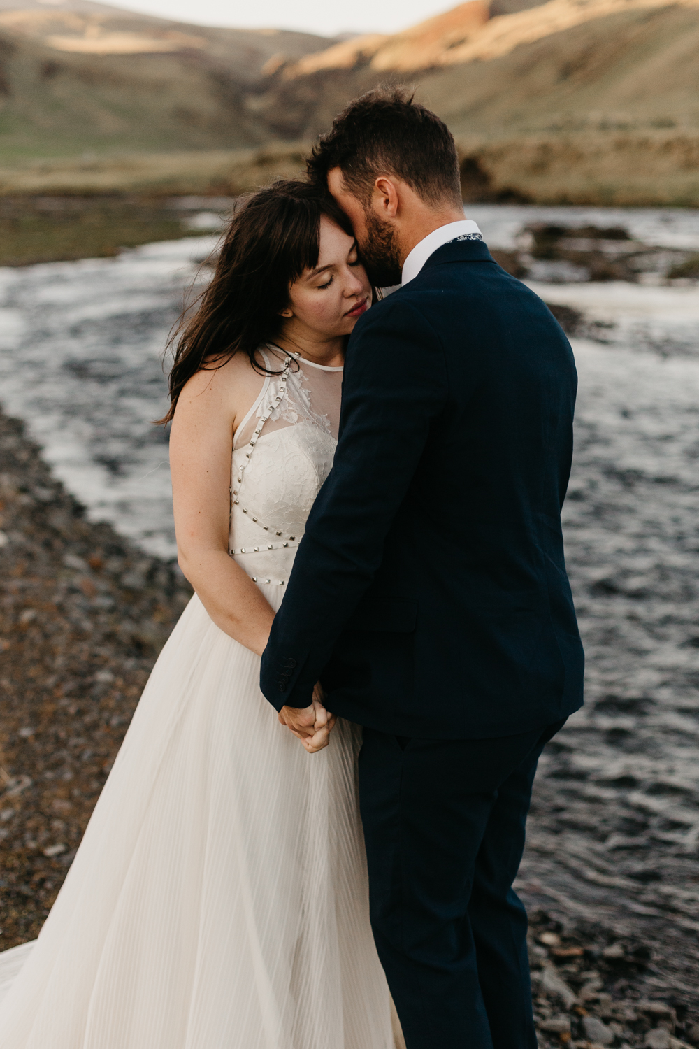 anna szczekutowicz iceland wedding photogapher elopement photographer-136.jpg