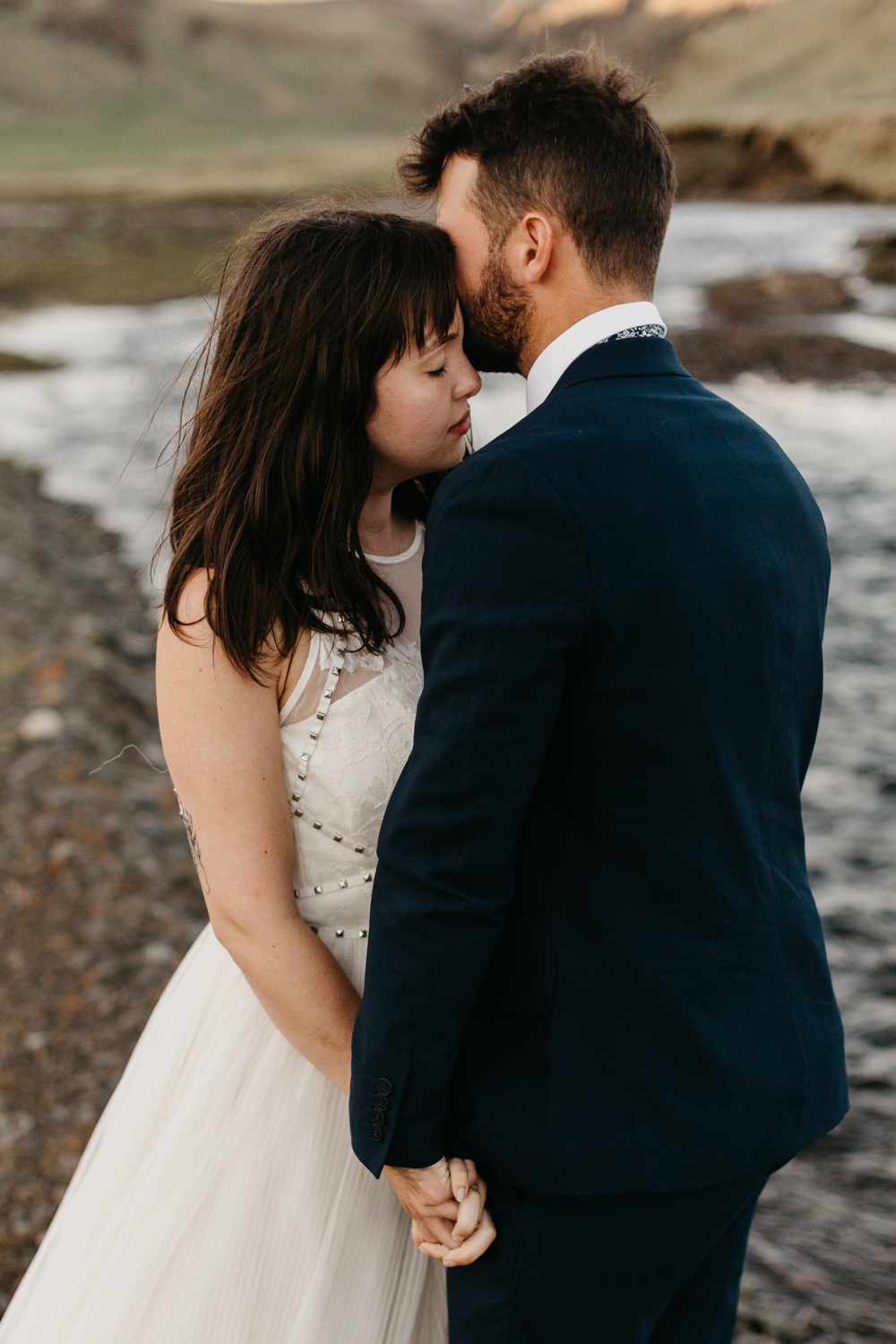 anna szczekutowicz iceland wedding photogapher elopement photographer-135.jpg