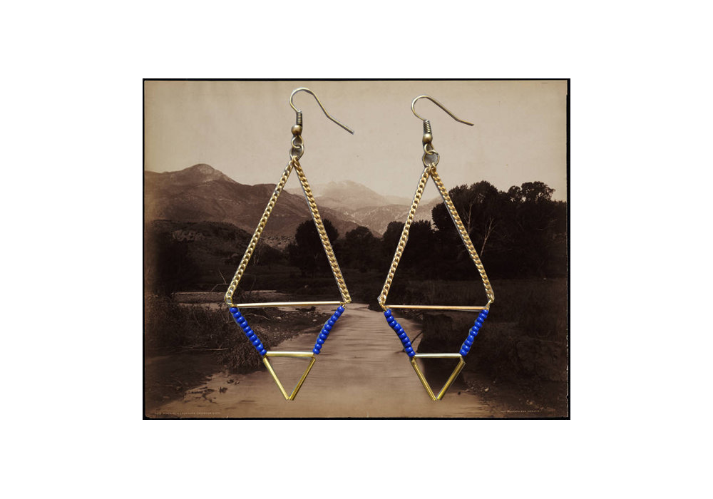 mountain-gold-earrings.png