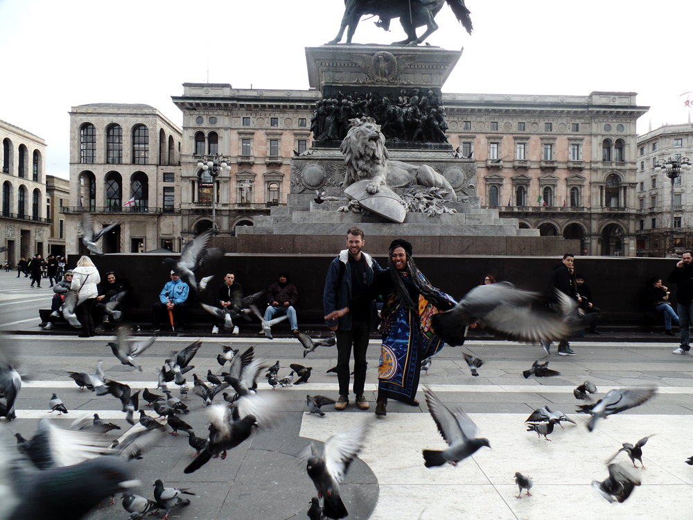 MITCH TREDENICK  & I ANNOYING BIRDS IN MILAN :D.