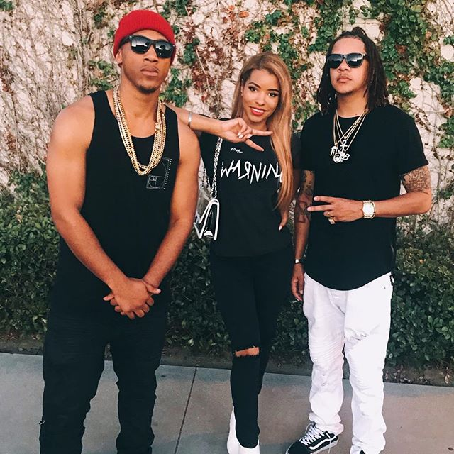 Great #VIBES with the very talented @lovelychrisjane at @trackkillers HQ 🎹🎹🎹#TrackKillers 🌊🌊🌊 #music #Singer #rapper #producer #producerlife #musician #rap #hiphop #pop #rnb #model #agency #vans #waves #wave #listen #studio #studioengineer #beats #manager #recordlabel #TrackKillers