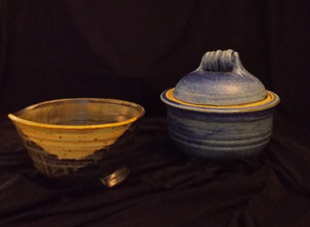 MIXING BOWL AND JAR, BY CYNTHIA CARR OF MERCER COUNTY