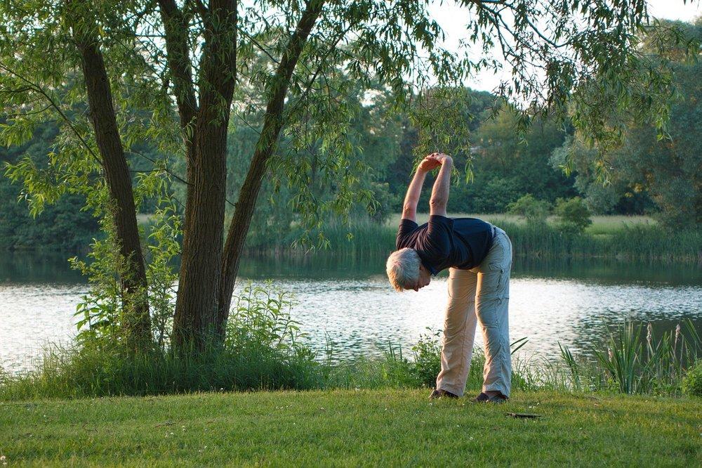 yoga-1434787_1280.jpg