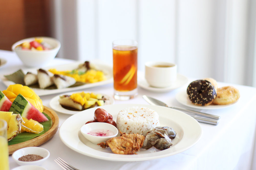 Shangri-La Mactan_Breakfast Filipino Food_Fish Head and Rice_-Life_Tropical-Holiday-Trip_-Hello-Miss-May