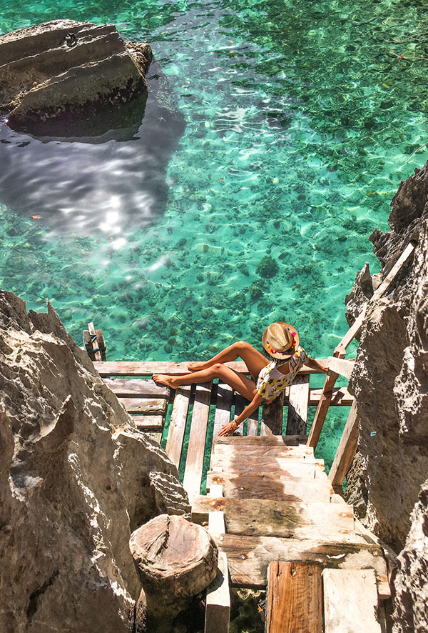 Coron-Mermaid-Lagoon-Beautiful-Islands-Northern-Palawan-Island-Philippines_Travel_Tropical-Holiday-Best-Places_Trip_-Hello-Miss-May-.jpg