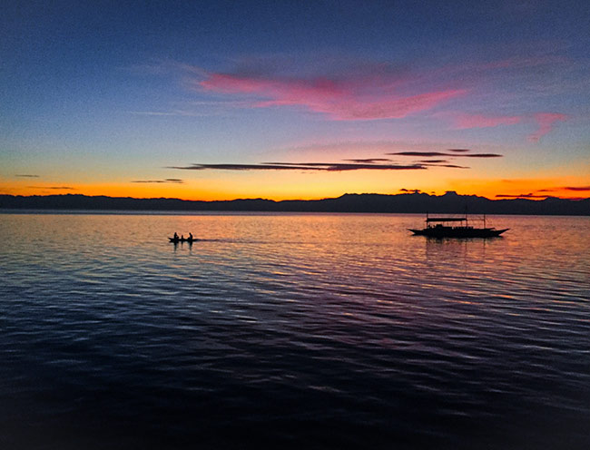 Sunset Philippines_Moalboal_Fishing Boat-Life_Tropical-Holiday-Trip_-Hello-Miss-May.jpg