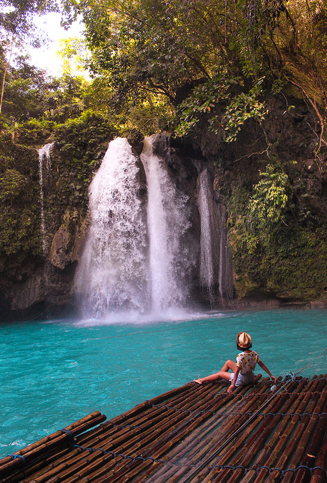 Moalboal Kawasan Waterfalls_Philippines Tropical Jungle_-Life_Tropical-Holiday-Trip_-Hello-Miss-May