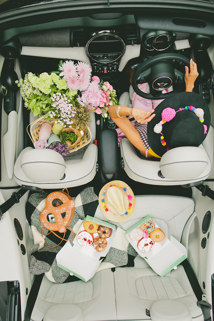 Mini-Cooper-by-BMW-x-Hello-Miss-May_Flatlay-Convertible-Summer_Content-Creation_Brand