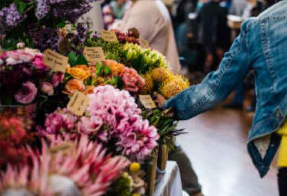 Flowers at the Makers and Shakers. Image via themakersandshakers.com
