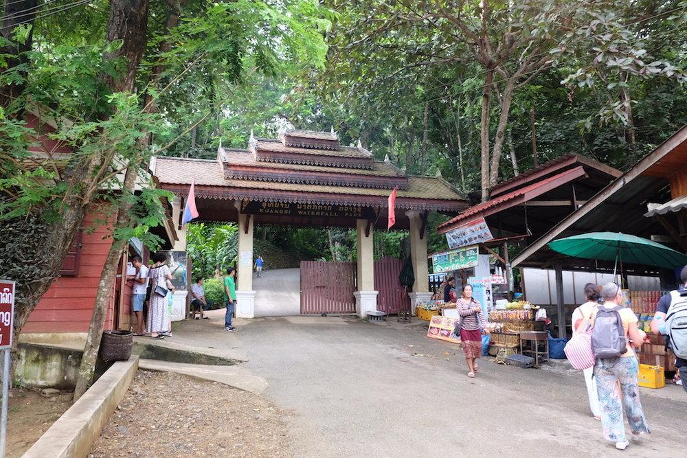 Kuang Si Park entrance
