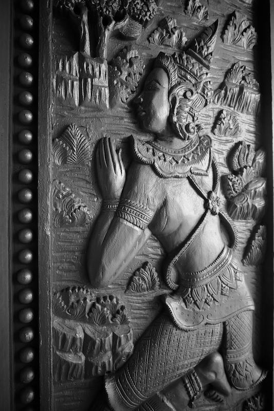 Temple door panel