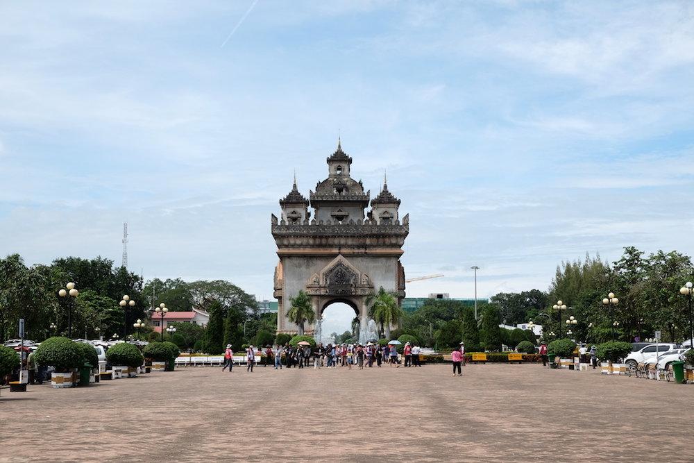 Patuxai Monument