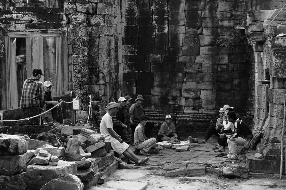 Day 2: Preah Khan Temple smoko break