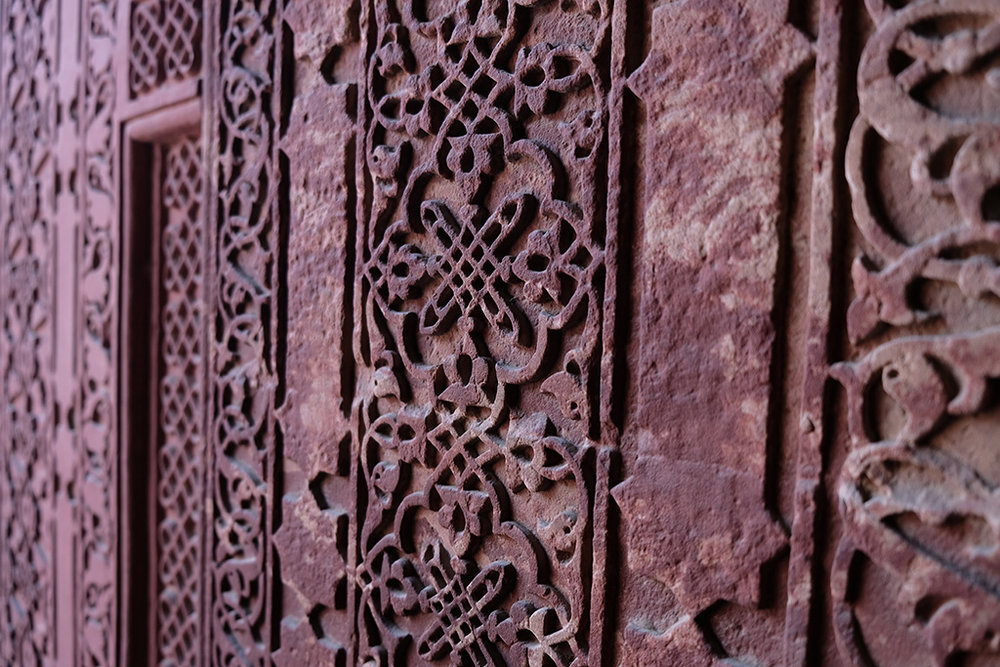 More stunning stone carving, Agra Fort