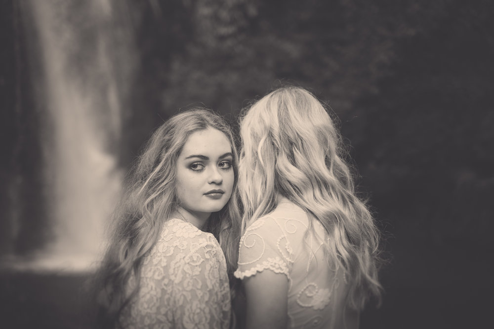 Stella and Ruby, Winterbelles session