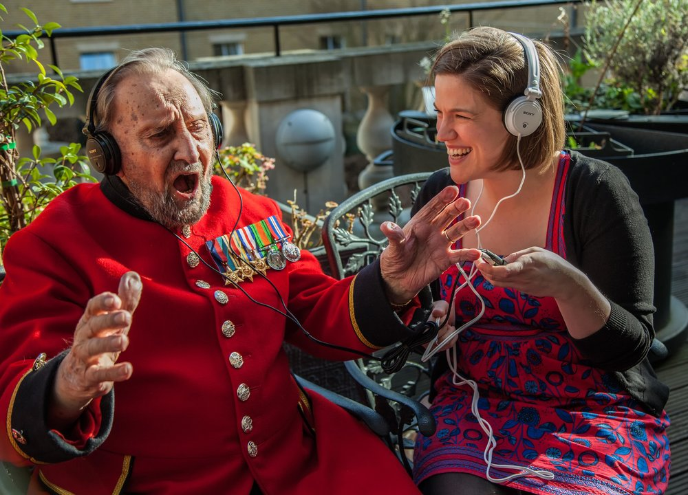 Playlist for Life session run by Opera Holland Park.
