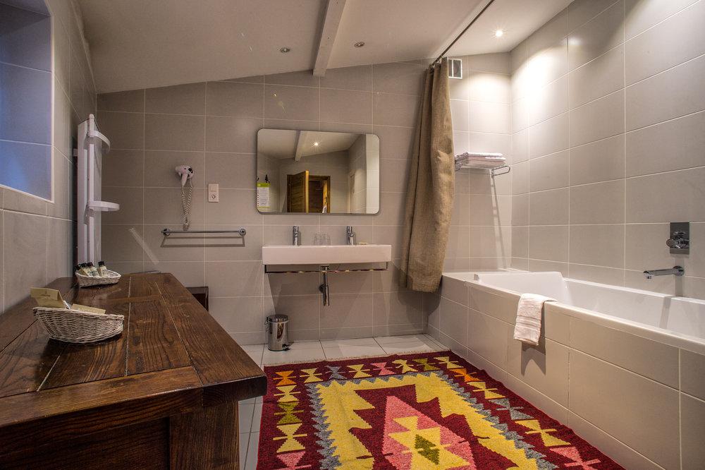 Courcheneige Bathroom No 6.jpg