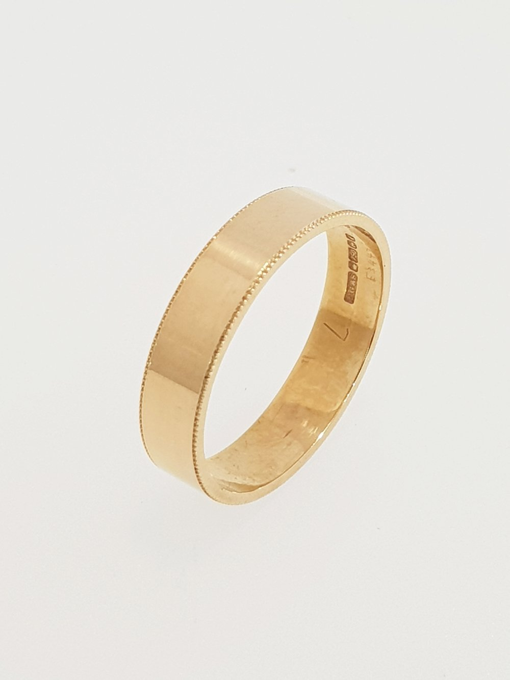 18ct Yellow Gold Band