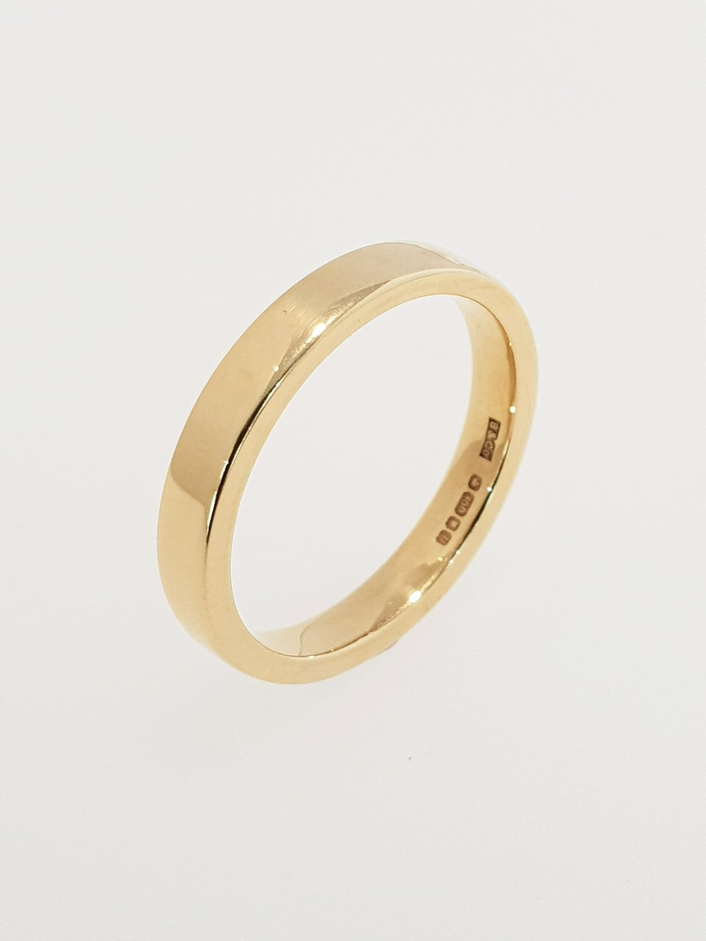 18ct Yellow Gold 3mm Band