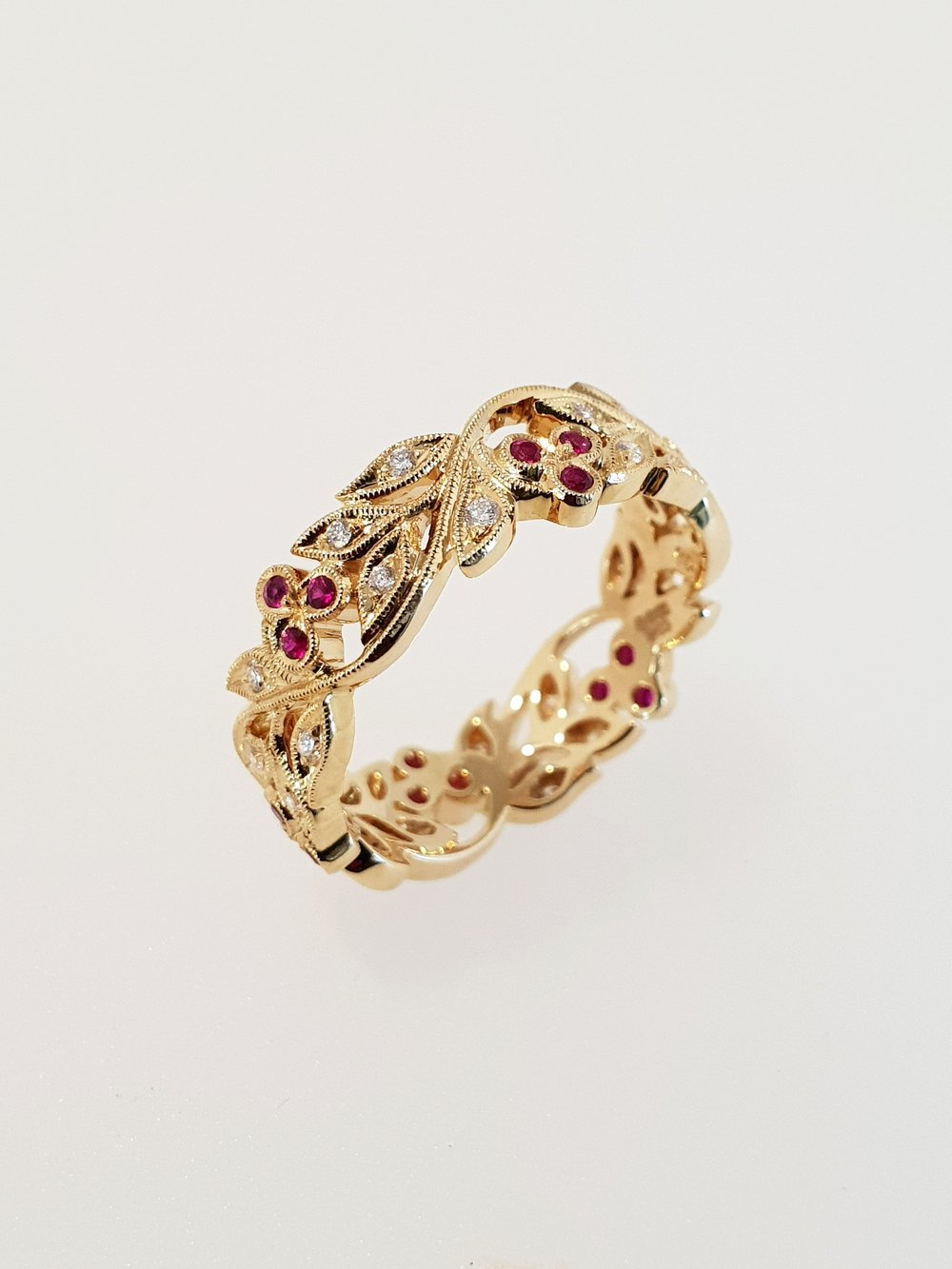18ct Yellow Gold, Ruby & Diamond Floral Ring