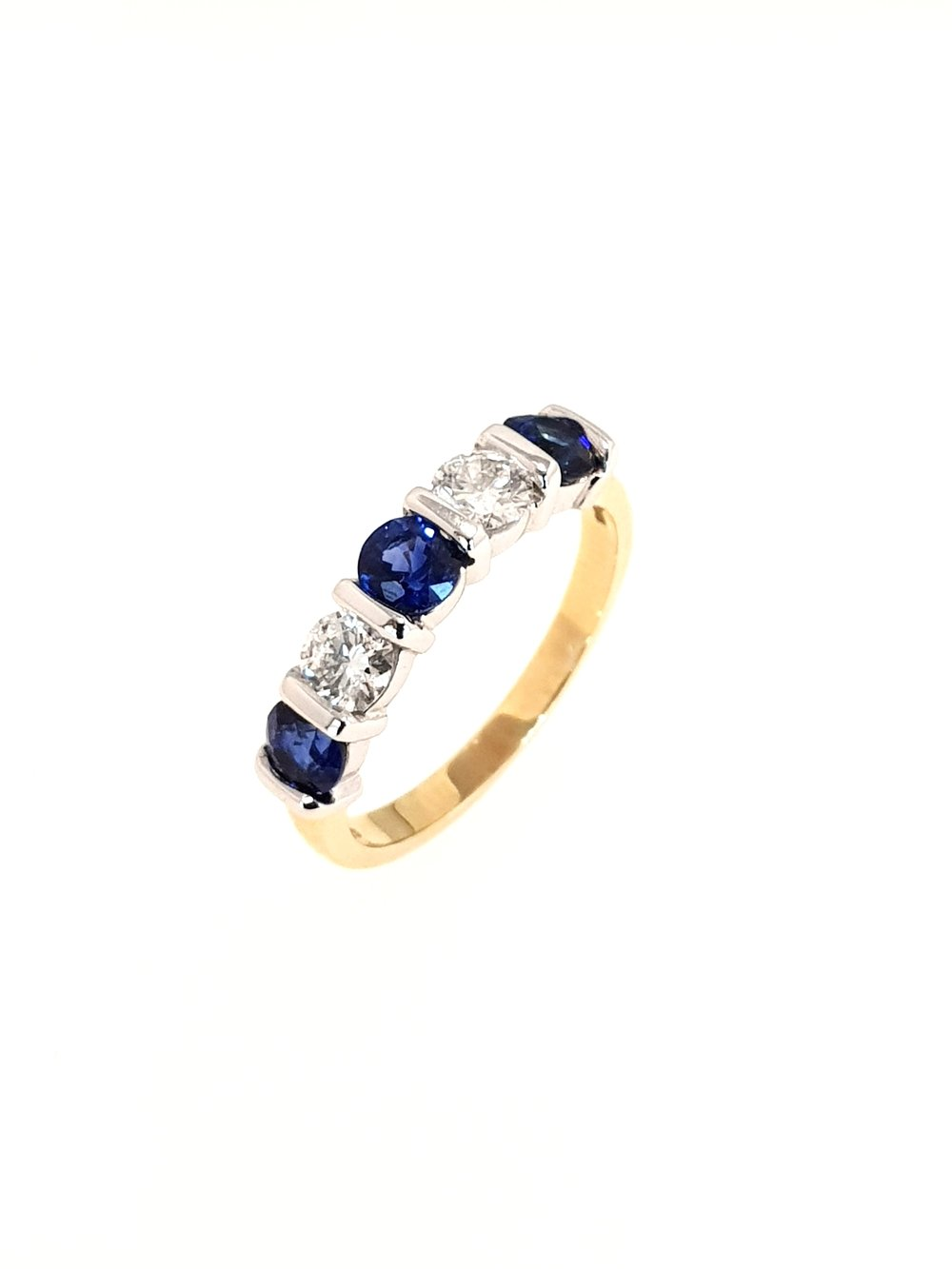 18ct Yellow Gold Sapphire & Diamond Ring  Diamond: .48ct, G, Si1  Stock Code: N8947  £3675