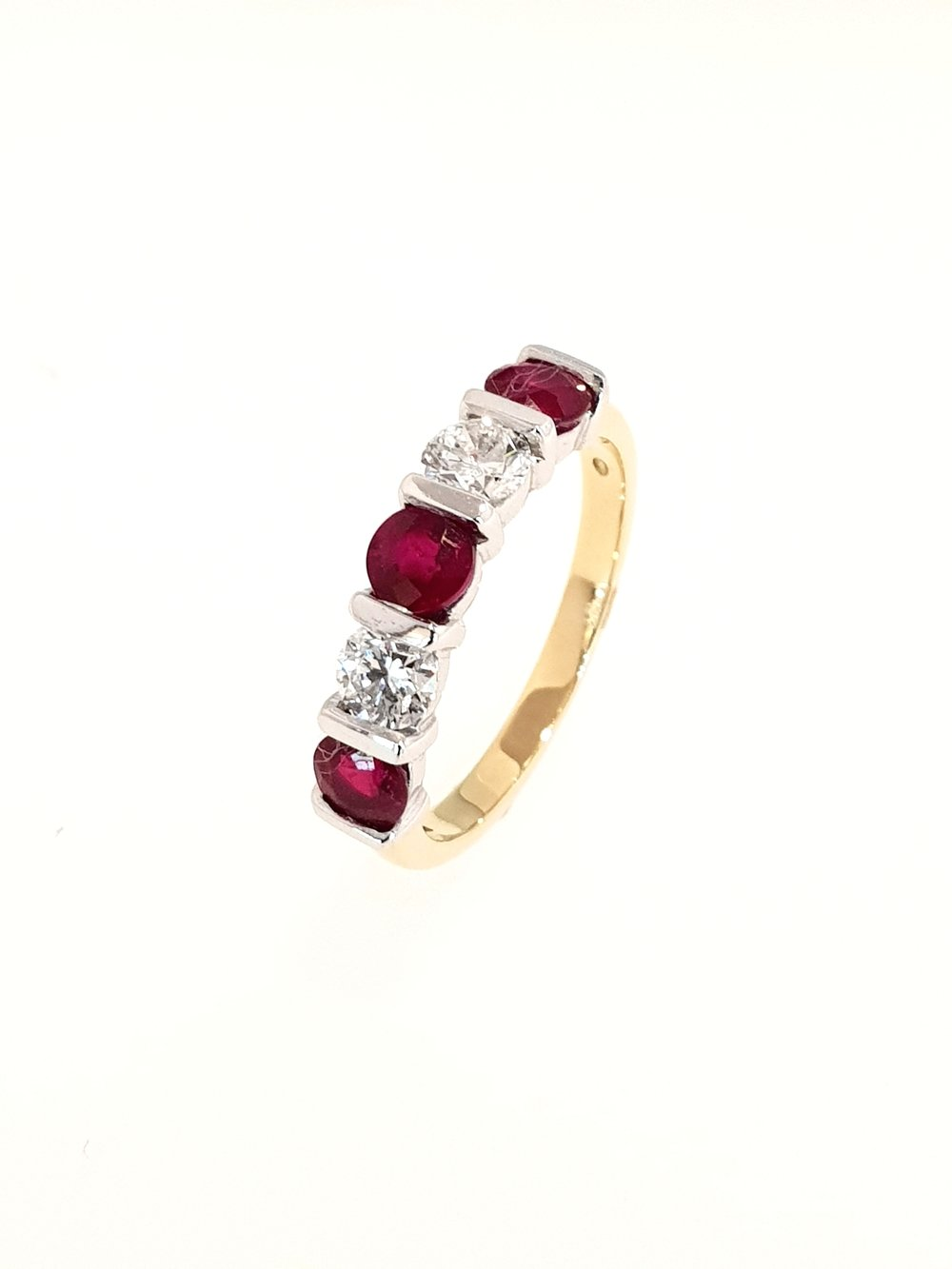 18ct Yellow Gold Ruby(1.15ct) & Diamond Ring  Diamond: .51ct, G, Si1  Stock Code: N8981  £3650