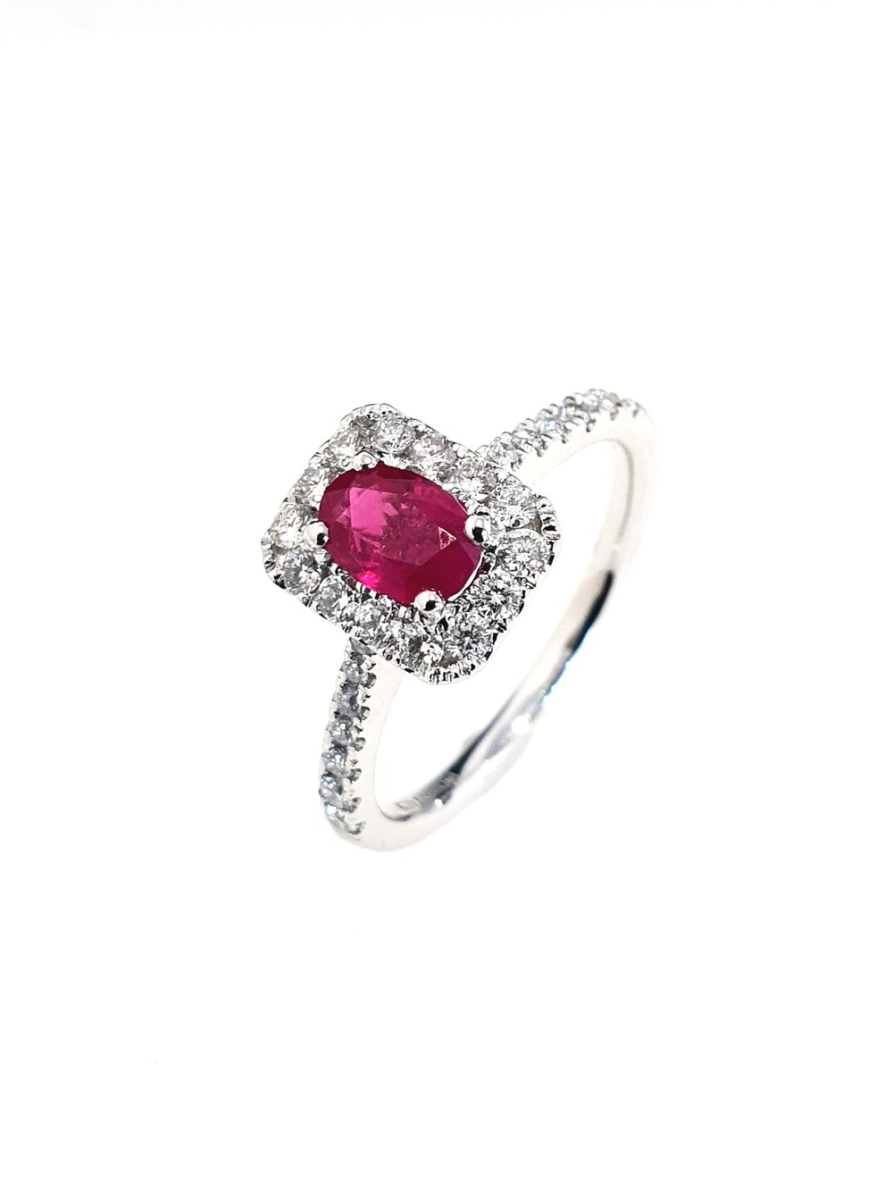 18ct White Gold Ruby(.55ct) & Diamond Ring  Diamond: .37ct, G, Si1  Stock Code: N8950  £1650