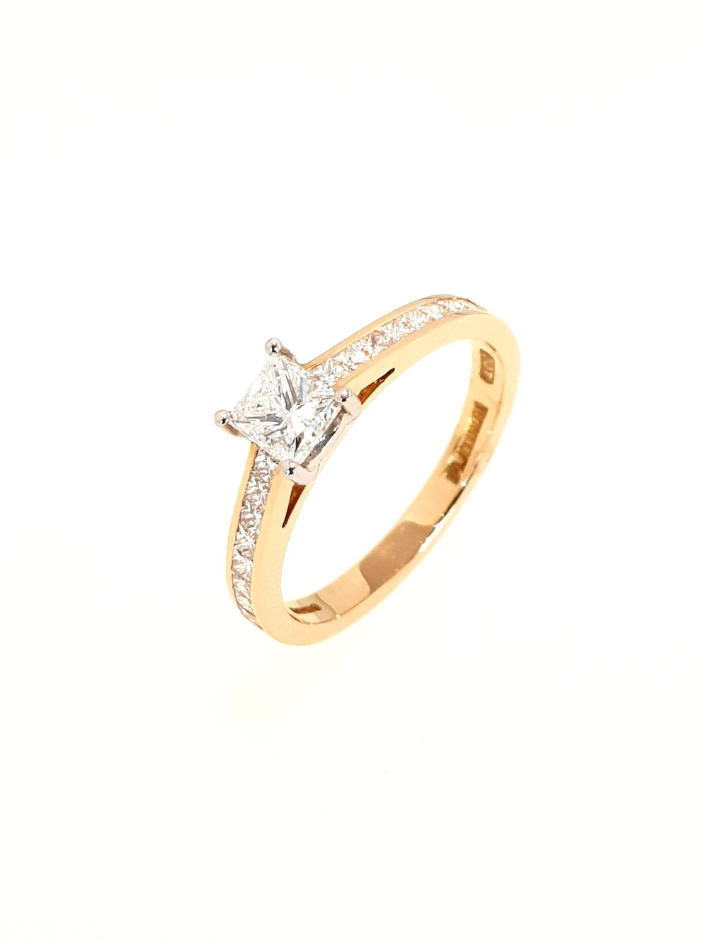 18ct Rose Gold Diamond Ring, Princess Cut  .39ct, G, Si1  Stock Code: N8729  £2700