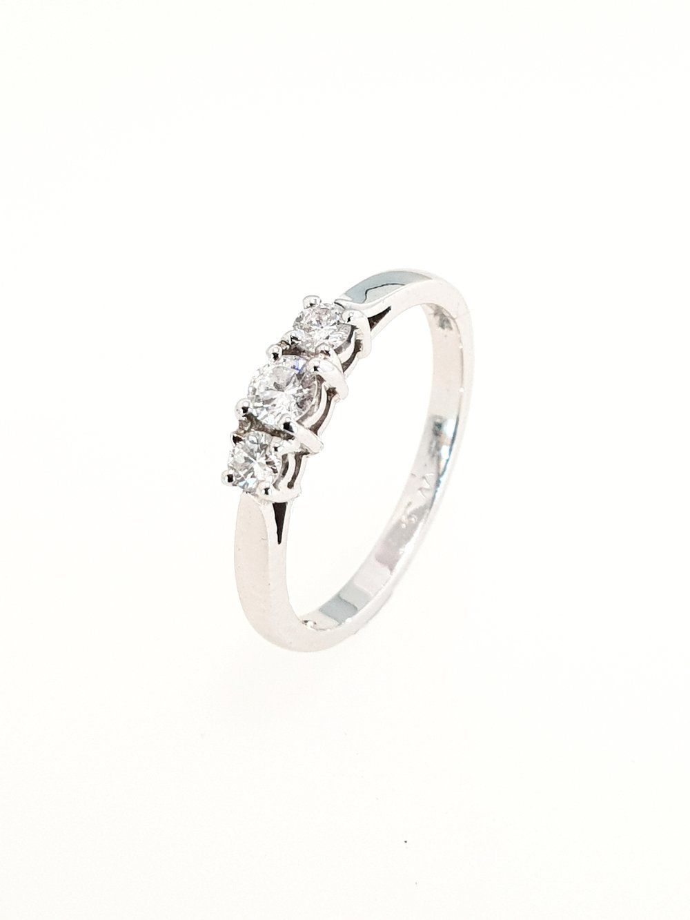 3 Stone Diamond Ring in Platinum  .30ct, G, Si2  Stock Code: N7574  £1610