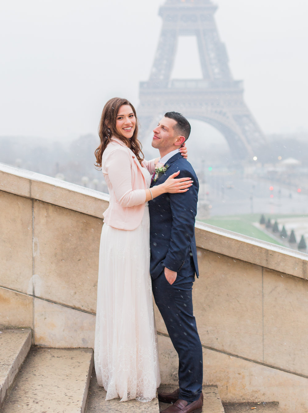 engagement photographer in paris