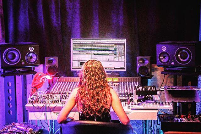 Today I'm at Lacroix Studios using all the gear 🤓 . . . . . #studio #lacroixstudio #techno #inthemaking #moog #modular #mixingdesk #allenandheath #elektron #analog #newmusic #roland