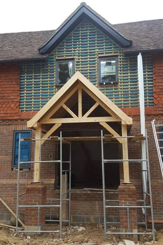 house-building-elenge-plat-colgate-horsham-front-porch-construction-567.jpg
