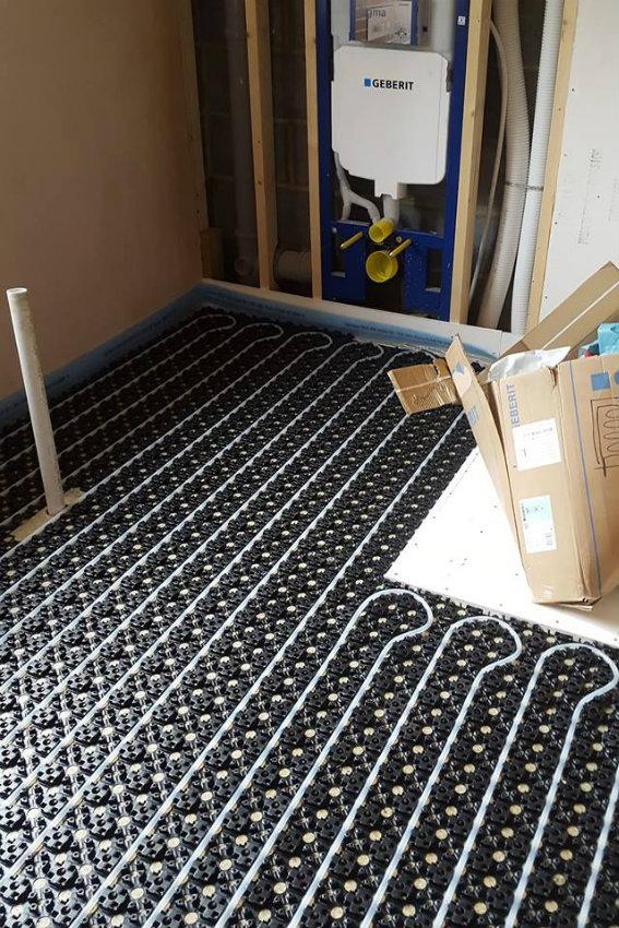 house-building-elenge-plat-colgate-horsham-underfloor-heating-567.jpg