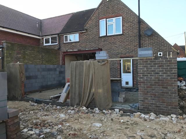 house-building-poppits-ardingly-brickwork-extension-640.jpg