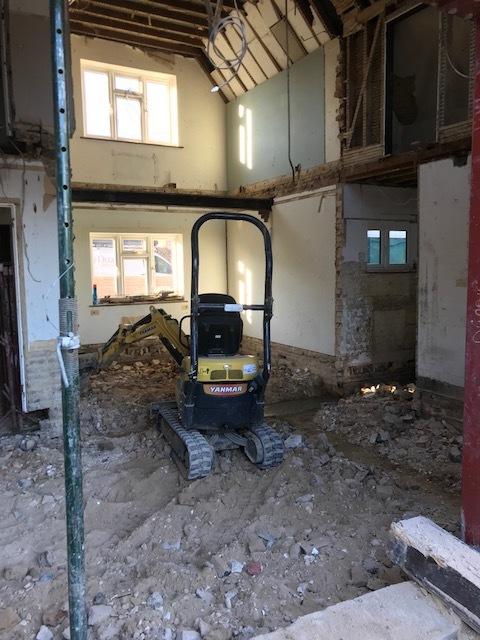 house-building-poppits-ardingly-internal-groundworks-480.jpg