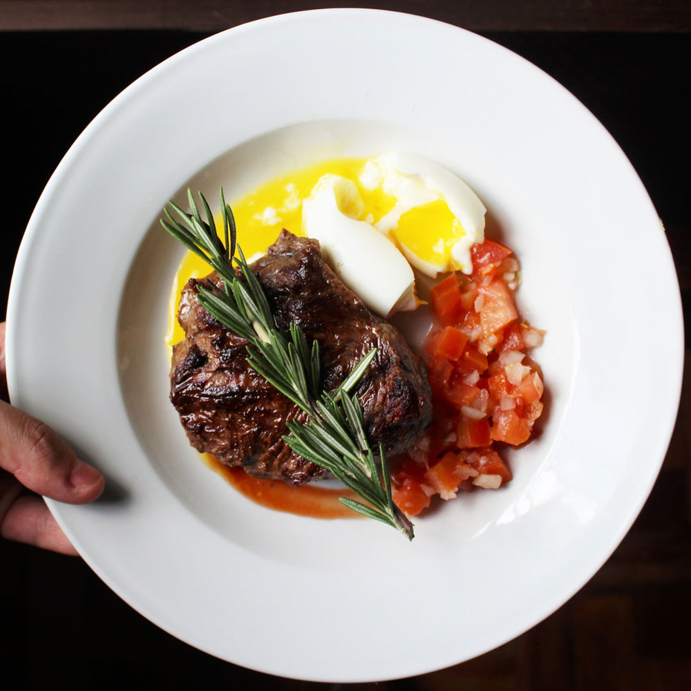 Serve up some awesome social media content to market your restaurant.