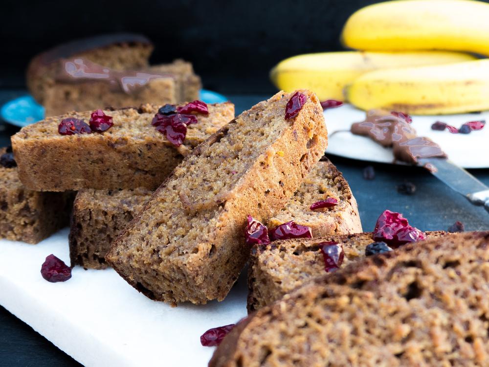 Banana krenten cranberry bread8.jpg
