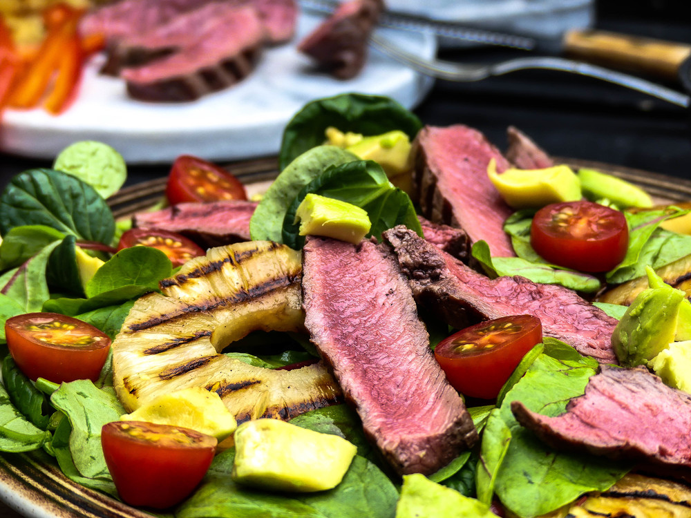 Gegrilde ananas & steak salade!