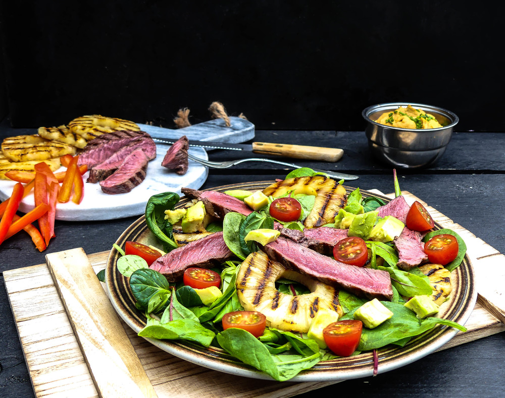 Grilled Steak & Pineapple salad4.jpg