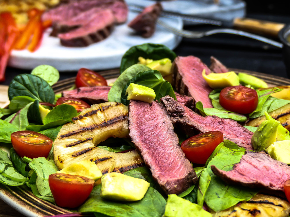 Grilled Steak & Pineapple salad10.jpg