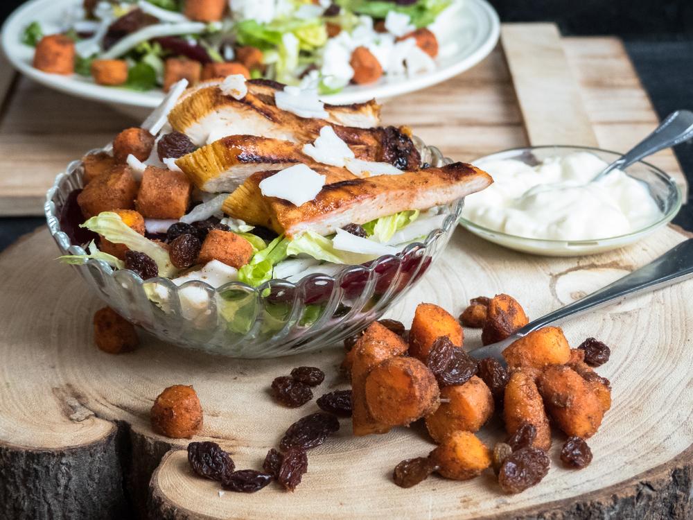 Rode biet, kip, wortel en geitenkaas salade3.jpg