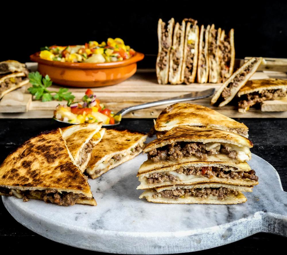 Quesadilla's teriyaki & mozzarella