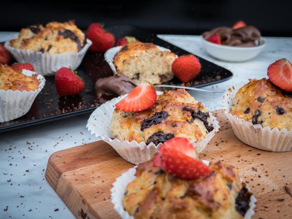Vanilla, chocolate, coco and strawberry cupcakes8.jpg
