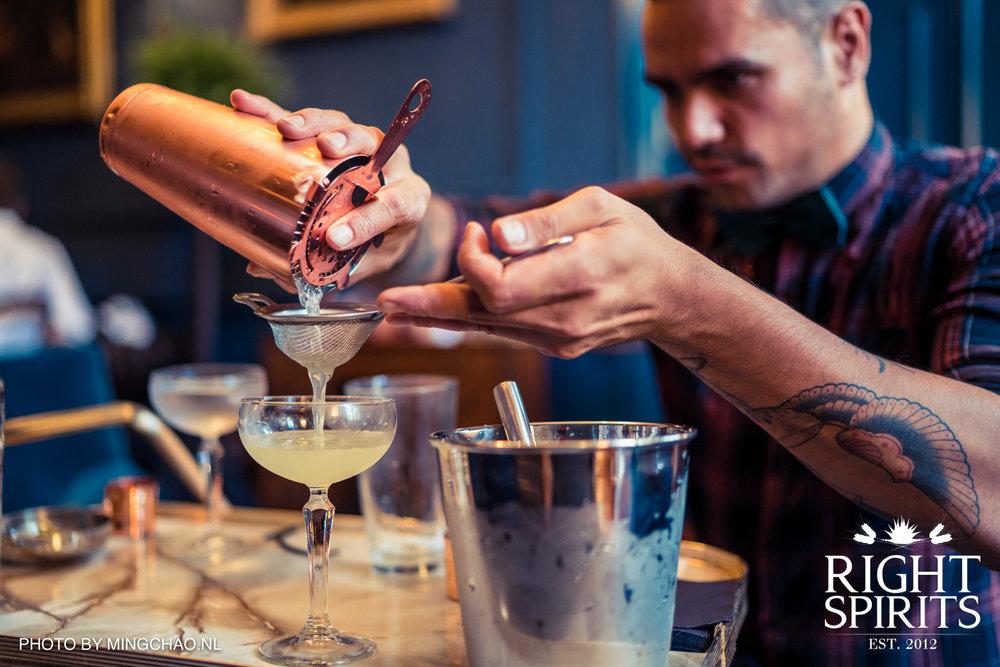sipsmith-100-martini-web-121.jpg