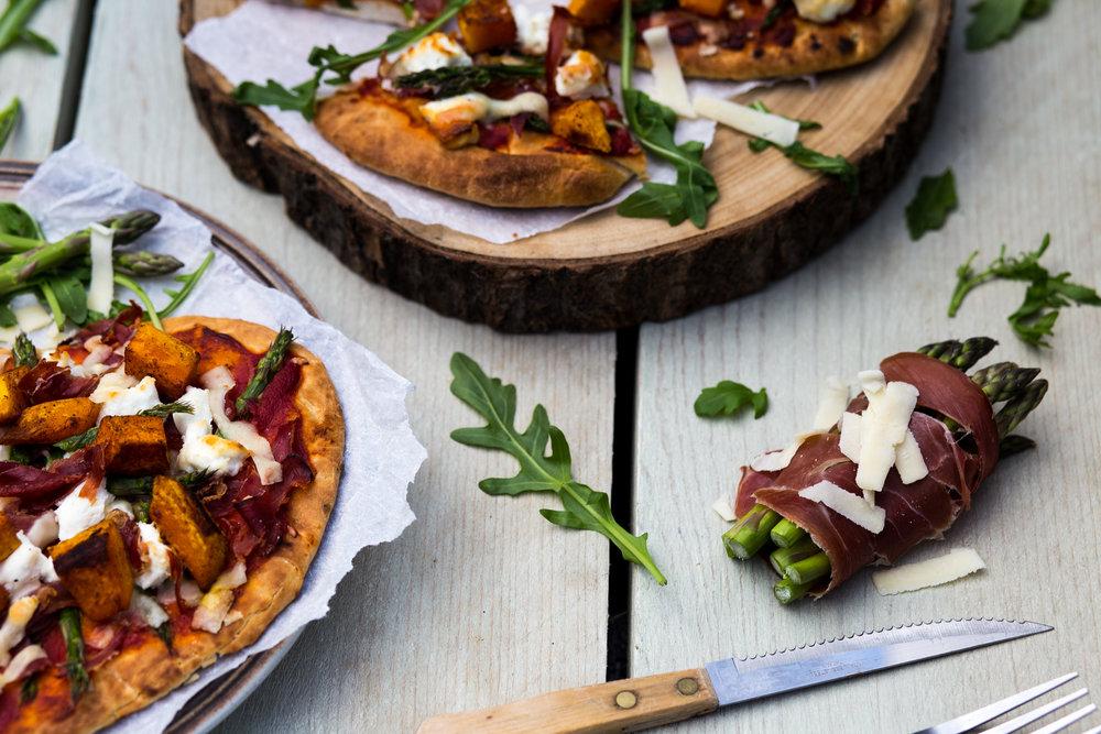 *Naan Pizza met Pompoen, Geitenkaas, Seranoham & aspere punten5.jpg