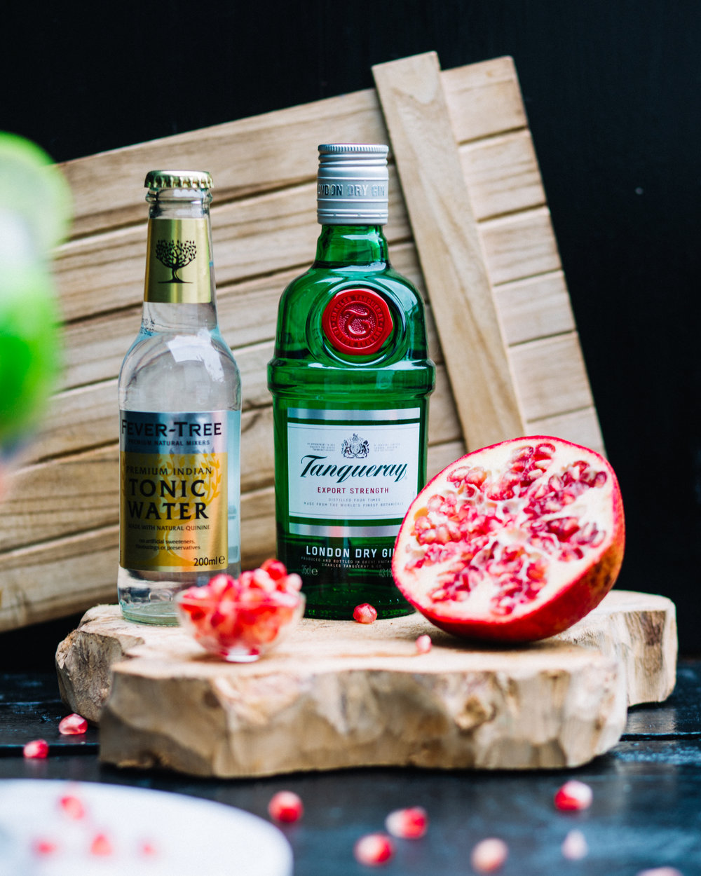 Letscoakcocktail - tanqueray5.jpg