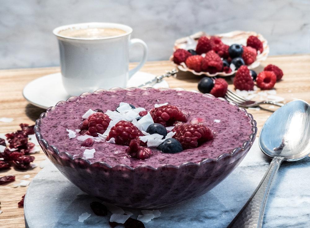 Protein fruit smoothie bowl15.jpg