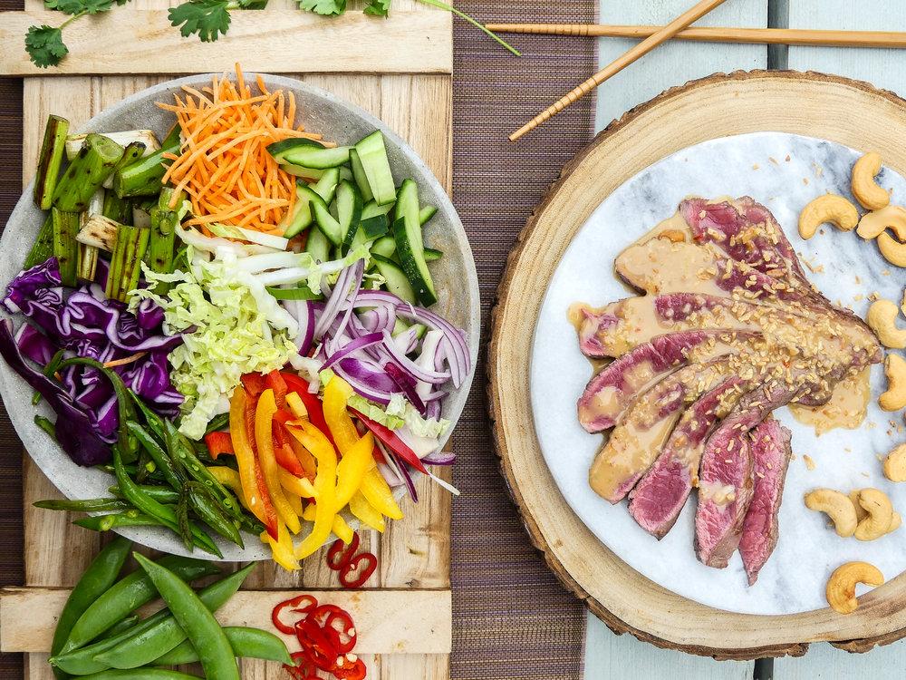 Thaise pinda crunch salade met biefstuk18.jpg