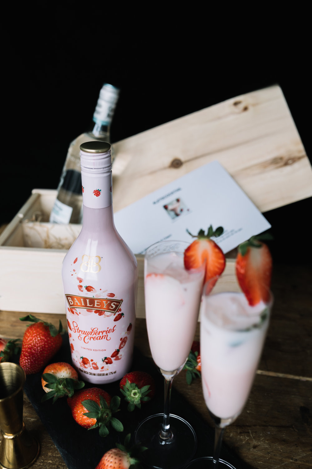 Baileys Strawberries 2019n- Lets Cocktail11.jpg