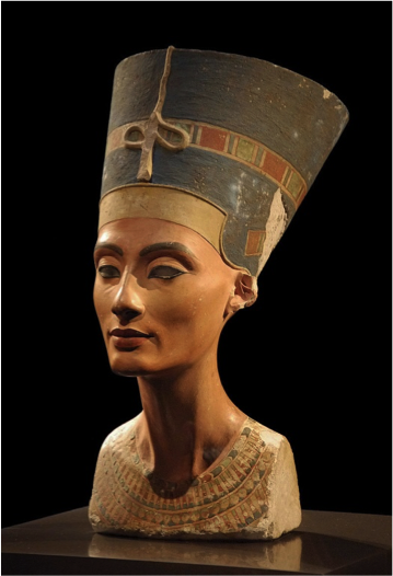 A bust of Queen Nefertiti, Akhenaten's wife from the Neus Museum in Germany. – Photo: Wikipedia, Philip Pikart